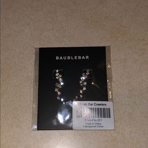 NWT Bauble bar Farrah Ear Crawlers